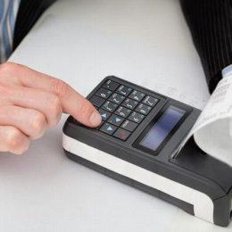 Бизнес получил отсрочку на НДС-обновление касс