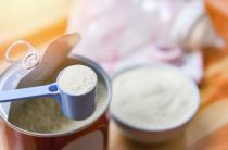 В России готовы наладить выпуск сухих молочных смесей для детей